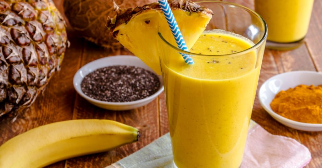 Healthy Pineapple Banana Smoothie